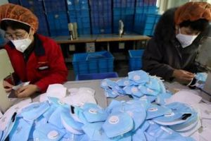 Khẩu trang Trung Quốc rớt giá thảm do chất lượng kém