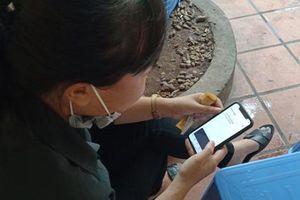 Người dùng 'khẩu trang điện tử' Bluezone tăng mạnh