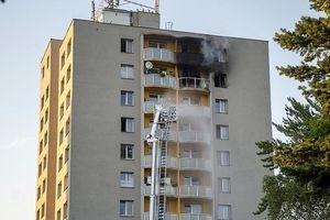 Czech: Ít nhất 11 người thiệt mạng trong hỏa hoạn ở tòa nhà 13 tầng, dấu hiệu vụ tấn công đốt phá