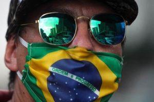 Covid-19: Hơn 100.000 ca tử vong ở Brazil, Cuba thắt chặt phòng dịch, Argentina tính giải pháp hỗ trợ tài chính