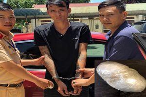 Bắt giữ con nghiện mua ma túy từ người nước ngoài về bán kiếm lời