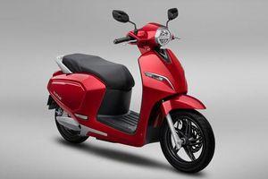 XE HOT (9/8): Bảng giá xe máy VinFast tháng 8, Mitsubishi Xpander 2020 giảm giá mạnh