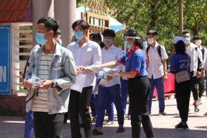 Quảng Trị thay khẩn cấp gần 250 giám thị, cán bộ coi thi THPT vì Covid-19