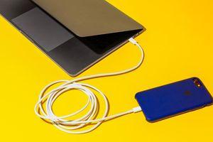 Bật tính năng này, iPhone của bạn sẽ sạc nhanh hơn trông thấy