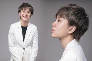 Bảnh như 'tomboy loi choi': Diện vest nào cũng đẹp chuẩn sành điệu