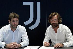 Juventus bổ nhiệm Pirlo thay Sarri