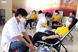 Không ngại Covid-19, cả ngàn người ở Phú Yên tham gia hiến máu