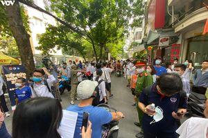 Hà Nội: Những người hùng thầm lặng của kỳ thi tốt nghiệp THPT 2020 thời Covid-19