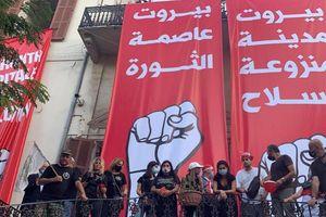 Đám đông biểu tình phản đối chính phủ, chiếm trụ sở Bộ Ngoại giao Lebanon