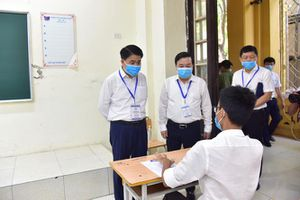 Chủ tịch Hà Nội kiểm tra điểm thi, yêu cầu xét nghiệm lại PCR với 3 thí sinh