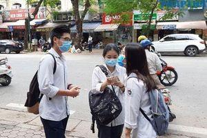 Hà Nội oi nóng trong ngày thi tốt nghiệp trung học phổ thông