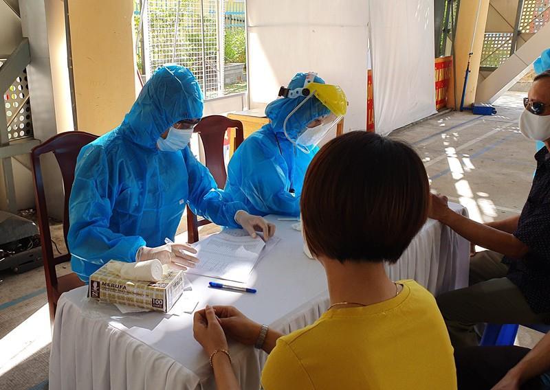 Giáo viên THPT nhiễm COVID-19 từ Đà Nẵng đi Hà Nội, Hải Phòng