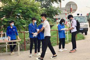 Huyện Sóc Sơn: Giám sát phòng dịch nghiêm ngặt trong ngày thi tốt nghiệp THPT thứ 2