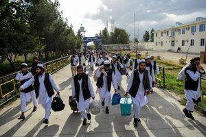Afghanistan thả 400 tù nhân Taliban để khởi động hòa đàm