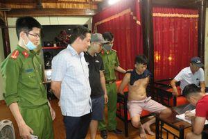 Bắt khẩn cấp đối tượng mua bán trái phép chất ma túy ở Hà Tĩnh