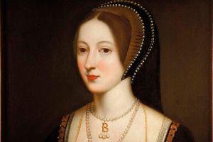 Cái chết đau đớn của hoàng hậu đầu tiên của Anh bị chém đầu