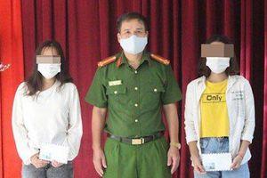 Giải cứu 2 thiếu nữ 16 tuổi bị đánh đập, ép phục vụ ở quán karaoke