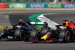 Về nhì, Hamilton vẫn lập kỷ lục tại chặng đua kỷ niệm 70 năm F1