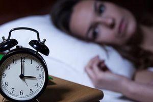 Tìm hiểu nguyên nhân mất ngủ và cách điều trị