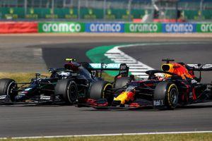 Red Bull soán ngôi Mercedes ngoạn mục tại chặng đua kỷ niệm 70 năm F1