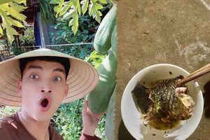 Một nửa con cá rô và câu chuyện xúc động của Mạc Văn Khoa ở quê nhà