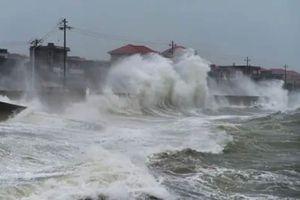 Bão Mekkhala ập vào Phúc Kiến, Trung Quốc lại oằn mình hứng lũ