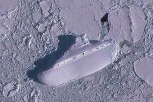 Con tàu bí mật đóng băng hàng chục năm được tìm thấy ngoài khơi Nam Cực