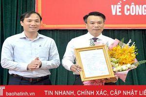 Nguyên Trưởng ban Pháp chế HĐND tỉnh Hà Tĩnh giữ chức Phó Bí thư Thị ủy Hồng Lĩnh