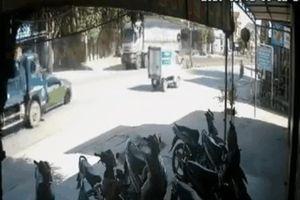 Truy tìm xe ben gây tai nạn liên hoàn với xe Mercedes rồi bỏ chạy trên quốc lộ