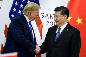 Quan hệ giữa ông Donald Trump và Tập Cận Bình xấu đi vì dịch Covid-19