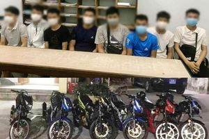Đà Nẵng: Ngăn nhóm thiếu niên chạy xe Raider so kè tốc độ