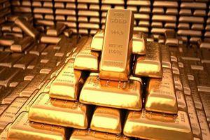 Giá vàng 'lượn tàu siêu tốc': Nhà đầu tư ngơ ngác, thất thần