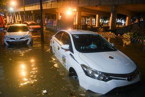 Những điều cần lưu ý khi sử dụng ôtô vào mùa mưa