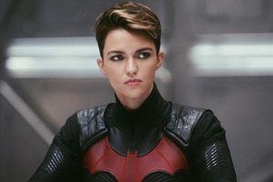 Minh tinh đồng tính tiết lộ lý do bỏ vai Batwoman