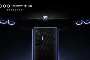 iQOO 5 Pro BMW Edition lần đầu xuất hiện, vỏ carbon, viền xanh đặc trưng M-Performance