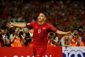 Ông Park quá dị: Anh Đức ngồi xơi nước cả năm vẫn lên tuyển Việt Nam