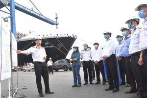Ông Phạm Viết Thanh, Ủy viên Trung ương Đảng, Bí thư Tỉnh ủy: Thị sát cảng biển và các KCN ở Phú Mỹ