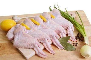 Trung Quốc phát hiện cánh gà nhập khẩu từ Brazil nhiễm vi-rút COVID-19