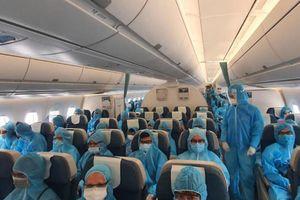 2 chuyến bay đưa 530 khách rời Đà Nẵng