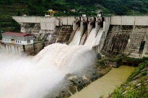 Thủy điện Bắc Hà xả nước, lũ sông Chảy lên cao