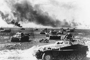 Giải mã hai trận chiến quan trọng nhất trong Thế chiến 2