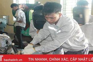 Từ bỏ đại học để học nghề hàn tại Hà Tĩnh, chàng trai 21 tuổi gặt nhiều thành quả