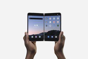 Lý do điện thoại Android đầu tiên của Microsoft có giá tới gần 1.400 USD