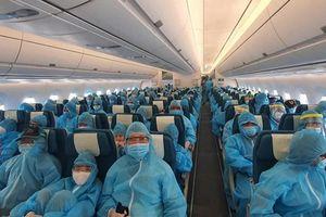 Hơn 300 du khách mắc kẹt ở Đà Nẵng đã được đưa về TP. HCM