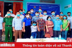 Huyện đoàn Vĩnh Lộc trao nhà khăn quàng đỏ cho đội viên có hoàn cảnh khó khăn
