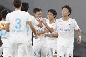 Đội bóng cũ của Fernando Torres có 10 ca mắc Covid-19, J-League nguy cơ bị hoãn