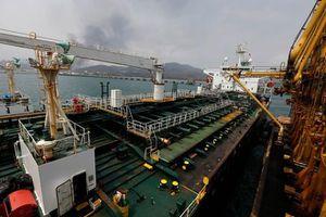 Mỹ bắt giữ 4 tàu chở dầu Iran, đưa về Texas