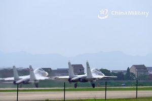 Trung Quốc tập trận 'cảnh báo nghiêm khắc' bên ủng hộ Đài Loan