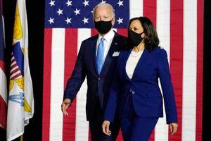 Lần đầu vận động cùng nhau, ông Biden và bà Harris cam kết 'tái thiết'