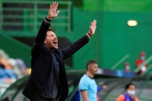 HLV Simeone: 'Tôi không có lời bào chữa nào cho thất bại'